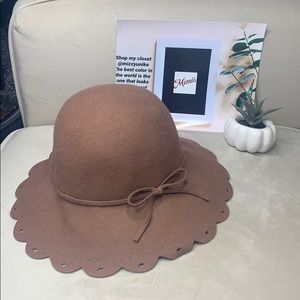 Bebe Brown 100% wool hat